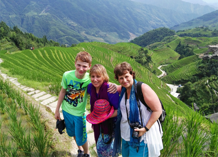 hiking on longji rice terrace